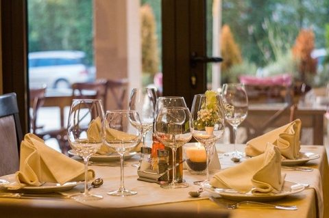 5 Pieces Of Furniture To Avoid In Your Restaurant
